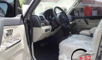 Mitsubishi Pajero 3.5l 2017 Model full