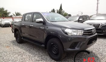 Toyota Hilux D/Cabin P/up MT full