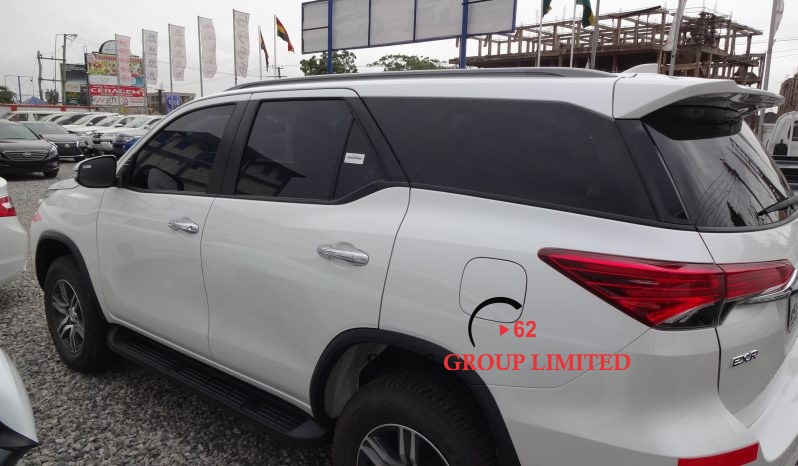 Toyota Fortuner full