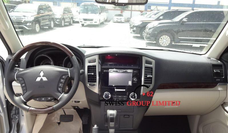 Mitsubishi Pajero 3.5l Petrol full