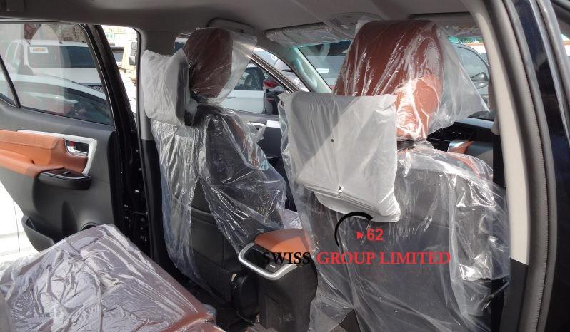 Toyota Fortuner 2.4l Diesel full