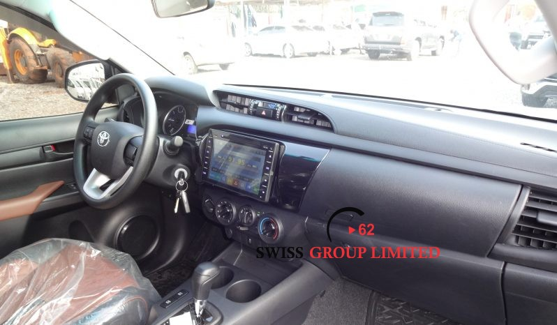 Toyota Hilux Double Cabin Pick up A/T full