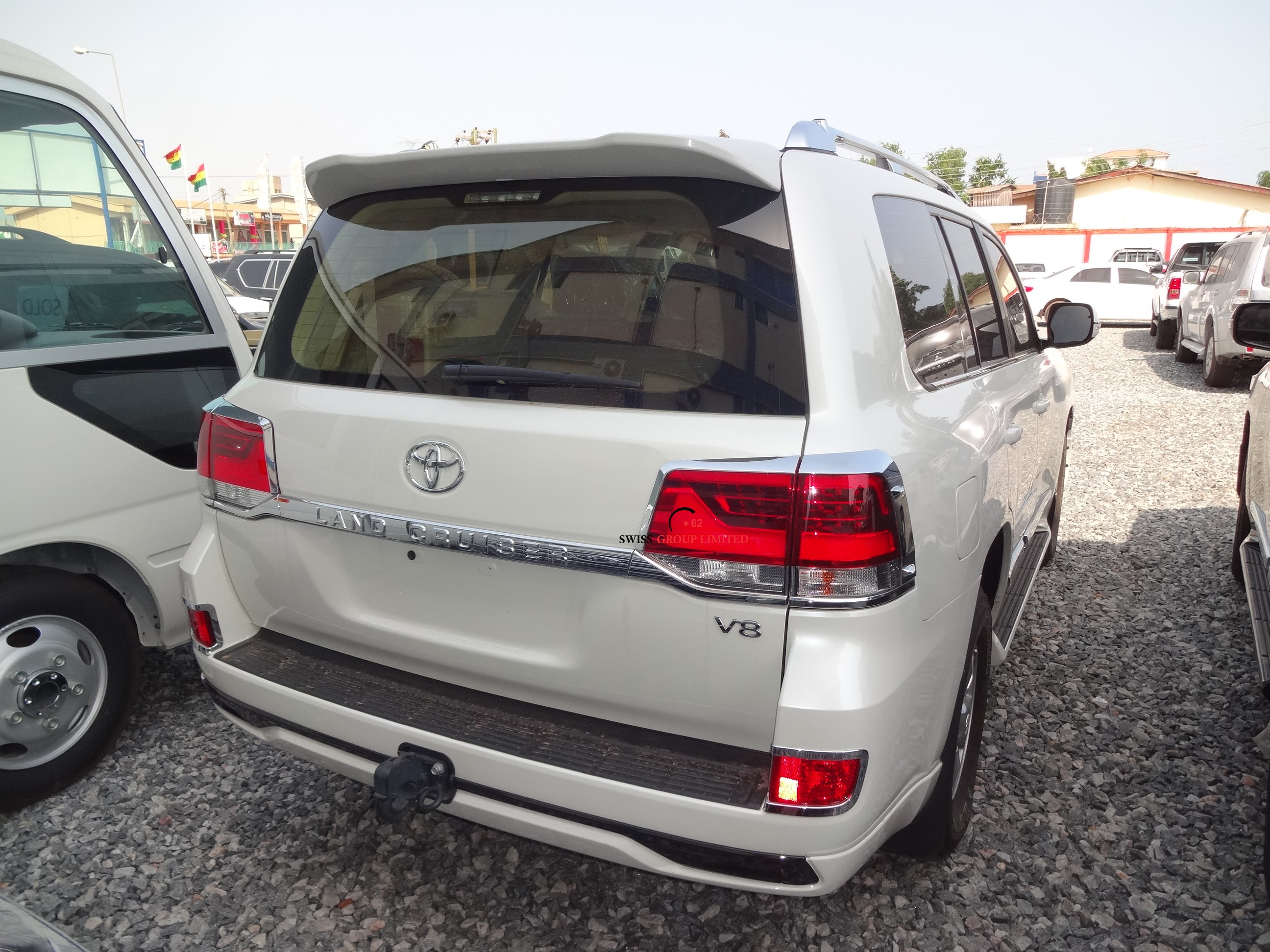 Toyota Land Cruiser V8 White Swiss Group Limited