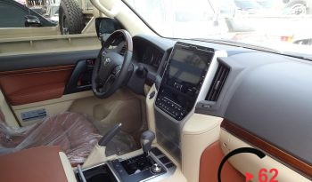 Toyota Land Cruiser V8 White full