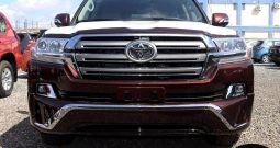 Toyota Land Cruiser V8 2018y/m