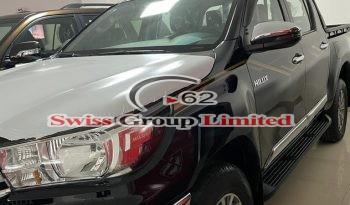 Toyota hilux pickup(Automatic key) full