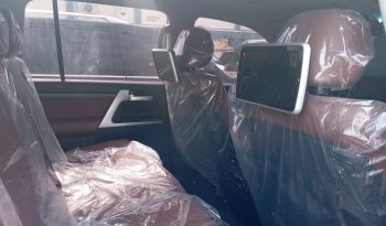 Land cruiser V8 (VXR) 2019 model full