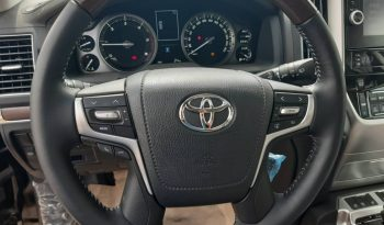 Land cruiser V8 (VXR) 2019 model full