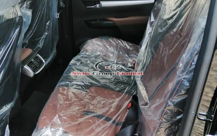 Toyota hilux pickup full