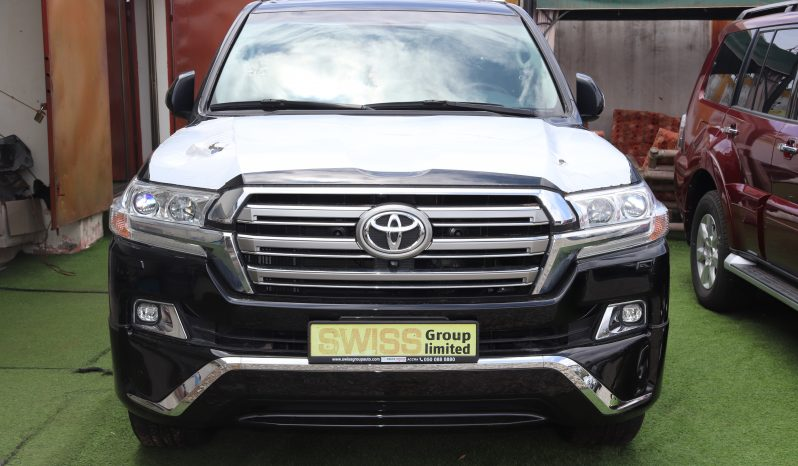 Land cruiser v8(GXR) 2019 model full